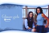 Gilmore Girls - Mom standing with daughter