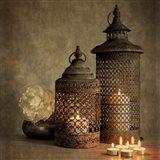 2 Lanterns with Flower