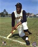 Roberto Clemente - posed baseball