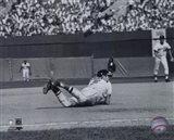 Brooks Robinson - Diving catch, sepia