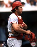 Johnny Bench - Holding catchers mask