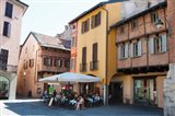 People at sidewalk cafe, Piazza San Fedele, Como, Lombardy, Italy