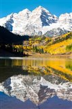 Reflection of Mountain Range on water, Maroon Lake, Aspen, Colorado