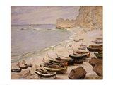 Boats on the Beach at Etretat, 1883 Art Print