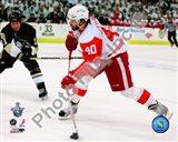 Henrik Zetterberg, Game 4 Action of the 2008 NHL Stanley Cup Finals Art Print