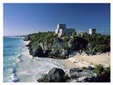 Pyramid on the seashore, El Castillo, Tulum Mayan, Quintana Roo, Mexico Art Print